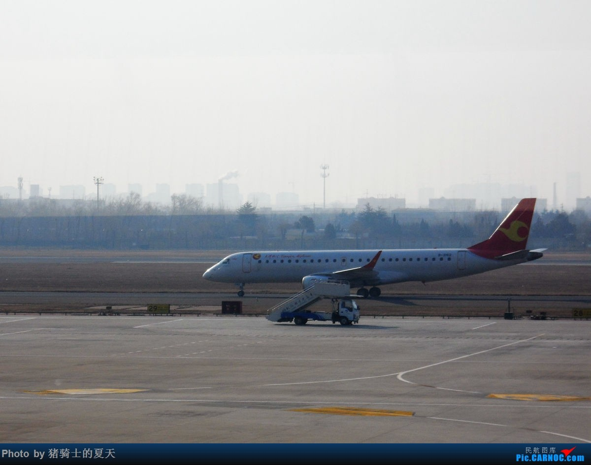 Re:[原创]人生首飞 EMBRAER E-190 B-3182