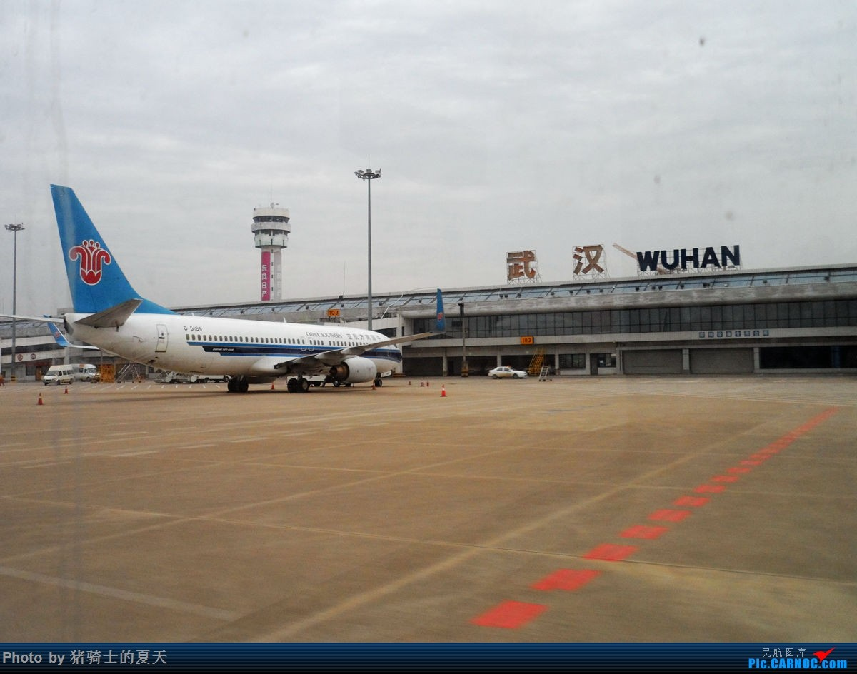 Re:[原创]人生首飞 BOEING 737-800 B-5189