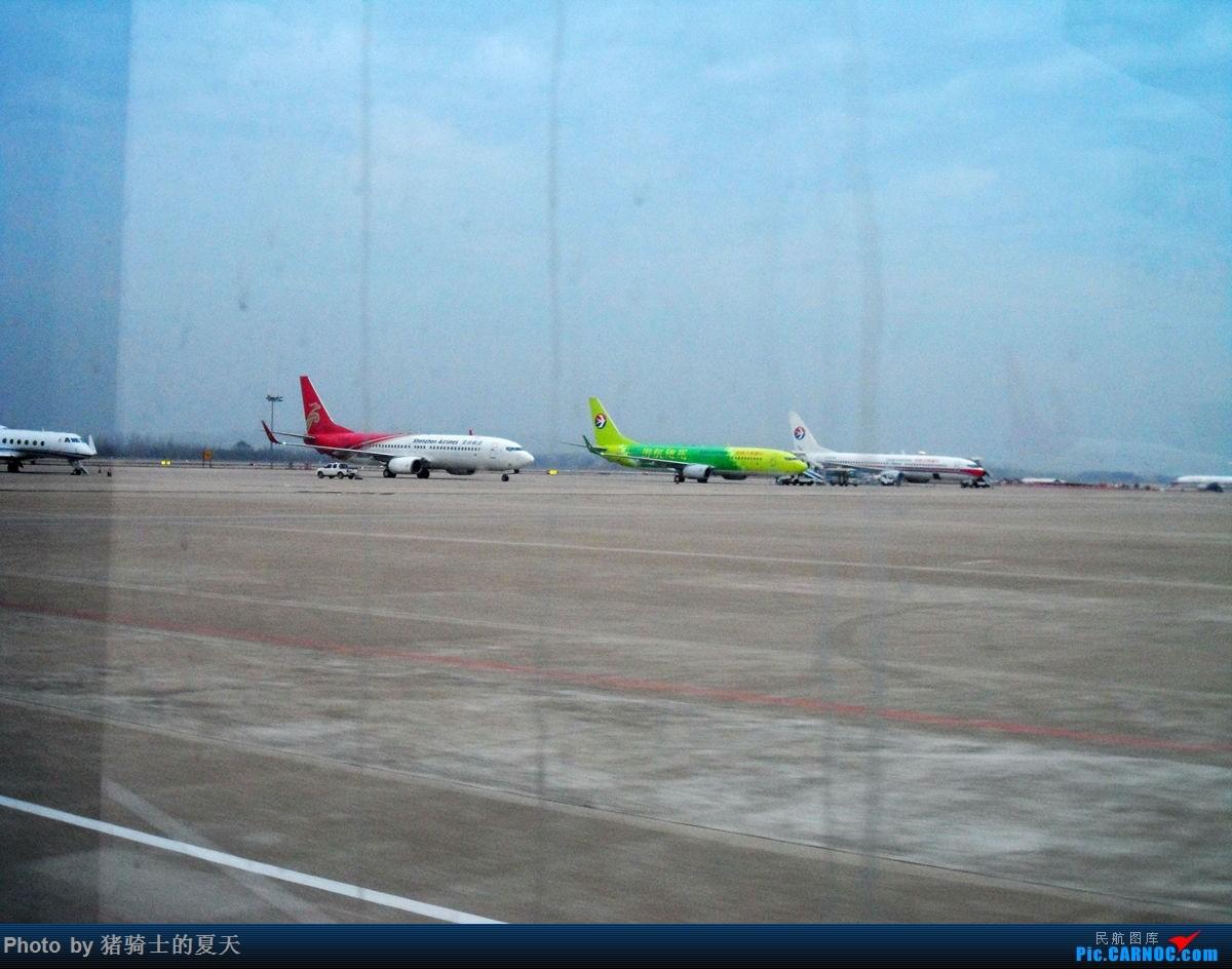 Re:[原创]人生首飞 BOEING 737-800 B-5475