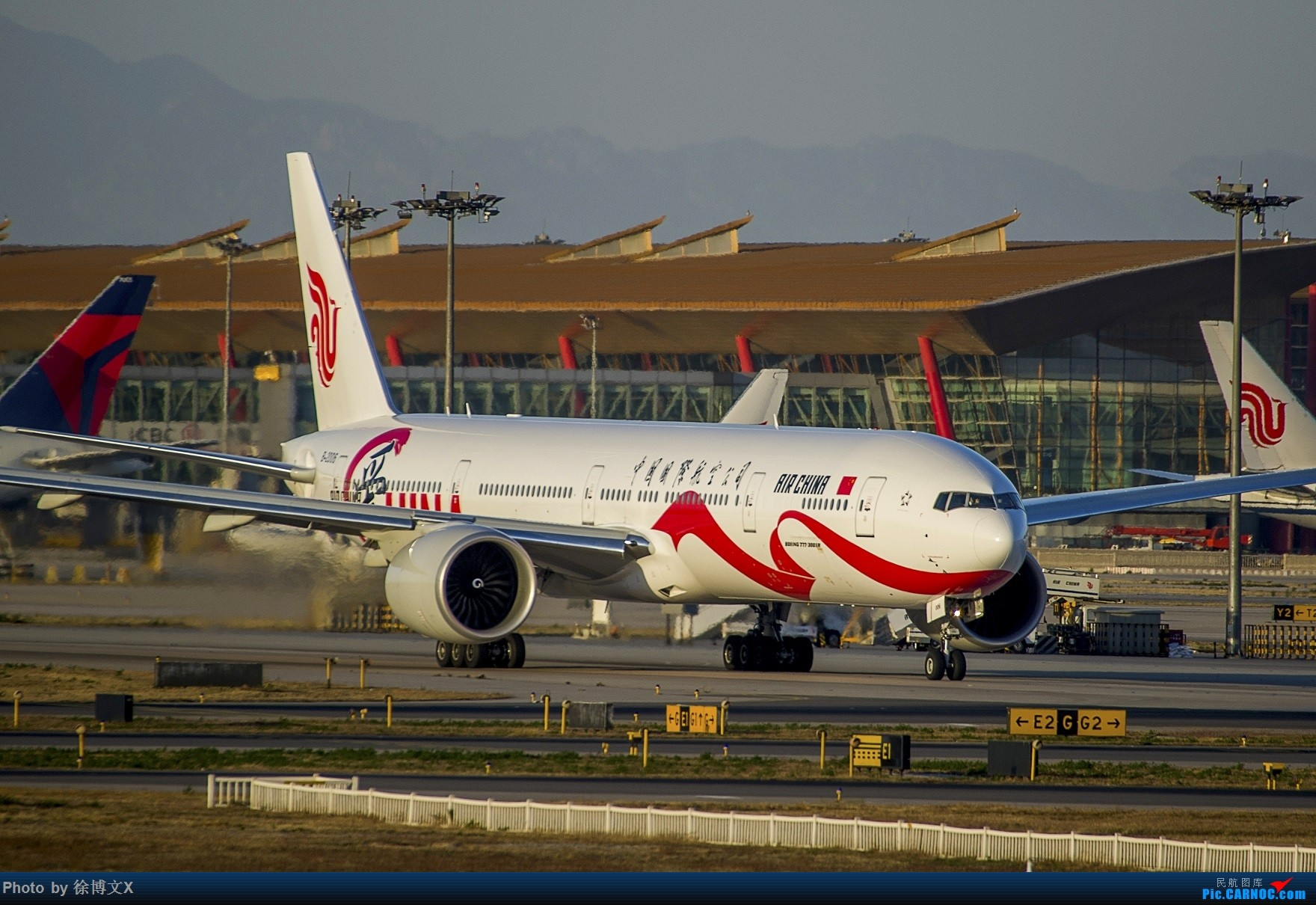 Re:[原创]三图 爱China BOEING 777-300ER B-2006 中国北京首都国际机场