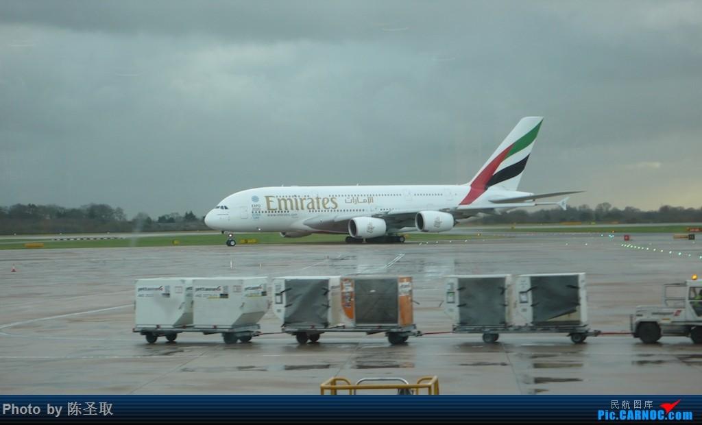 Re:[原创]【Clark游记第18集】抢救性体验Virgin Little Red;圣诞假逃离漫漫长夜~回家好好享受阳光~ AIRBUS A380-861 A6-EDS 英国曼彻斯特机场