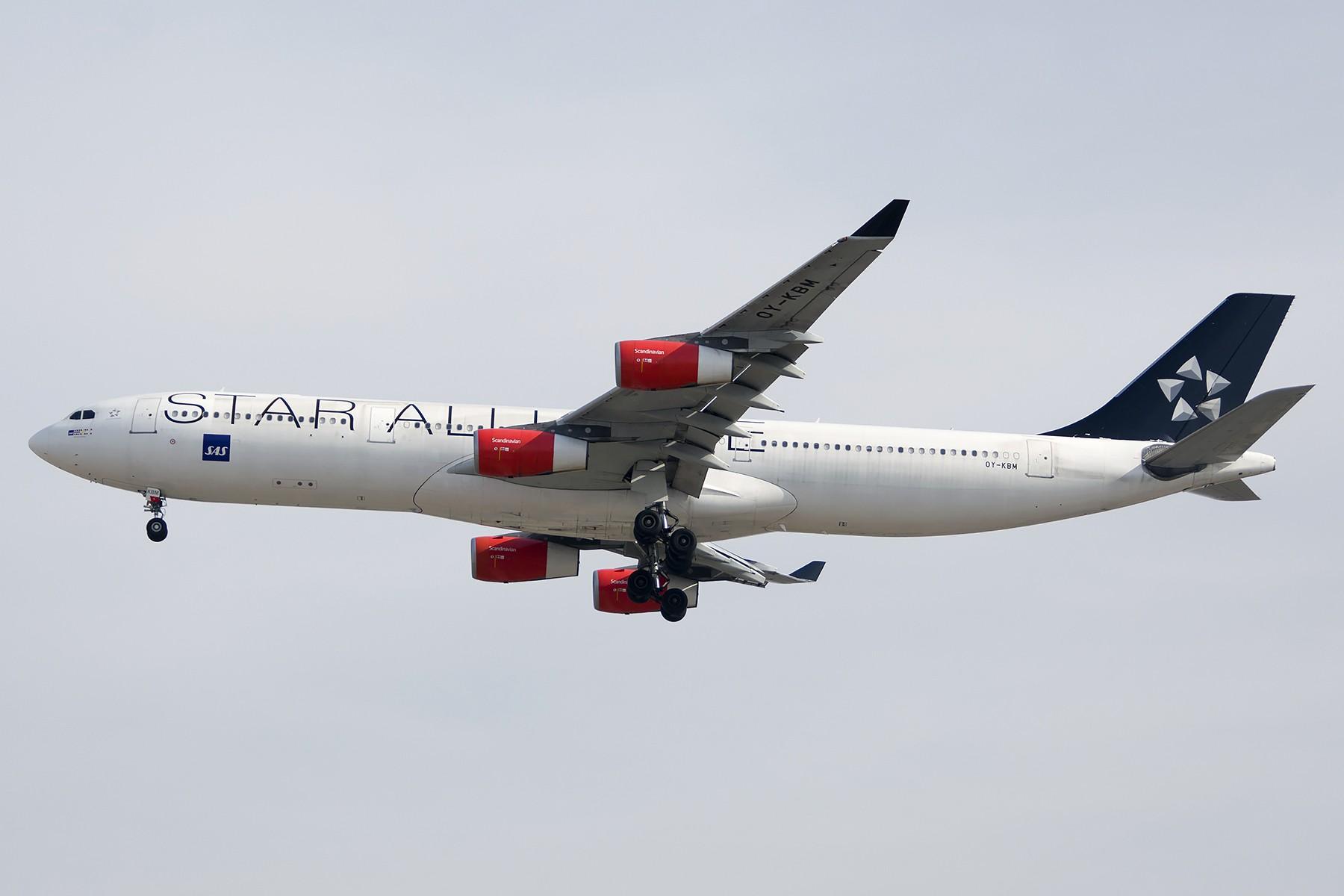 Re:2015-1-17 首都机场烂天里的若干渣图 AIRBUS A340-300 OY-KBM 中国北京首都国际机场