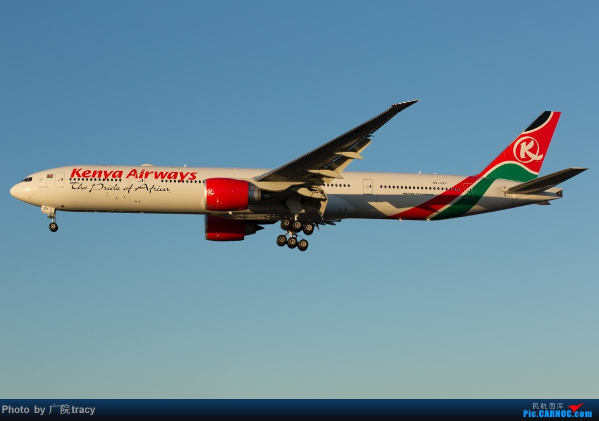 [原创]半年没有上论坛,这次回来就要给大家带来绝对劲爆的图片,伦敦希斯罗大蓝天,海湾航空F1彩绘,克罗地亚星空联盟320,墨西哥787,备降LHR的肯尼亚77W BOEING 777-300ER 5Y-KZY 伦敦希斯罗机场