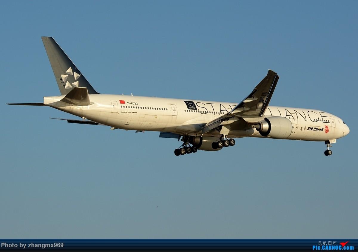 Re:[原创]蓝天 BOEING 777-300ER B-2032 中国上海虹桥国际机场