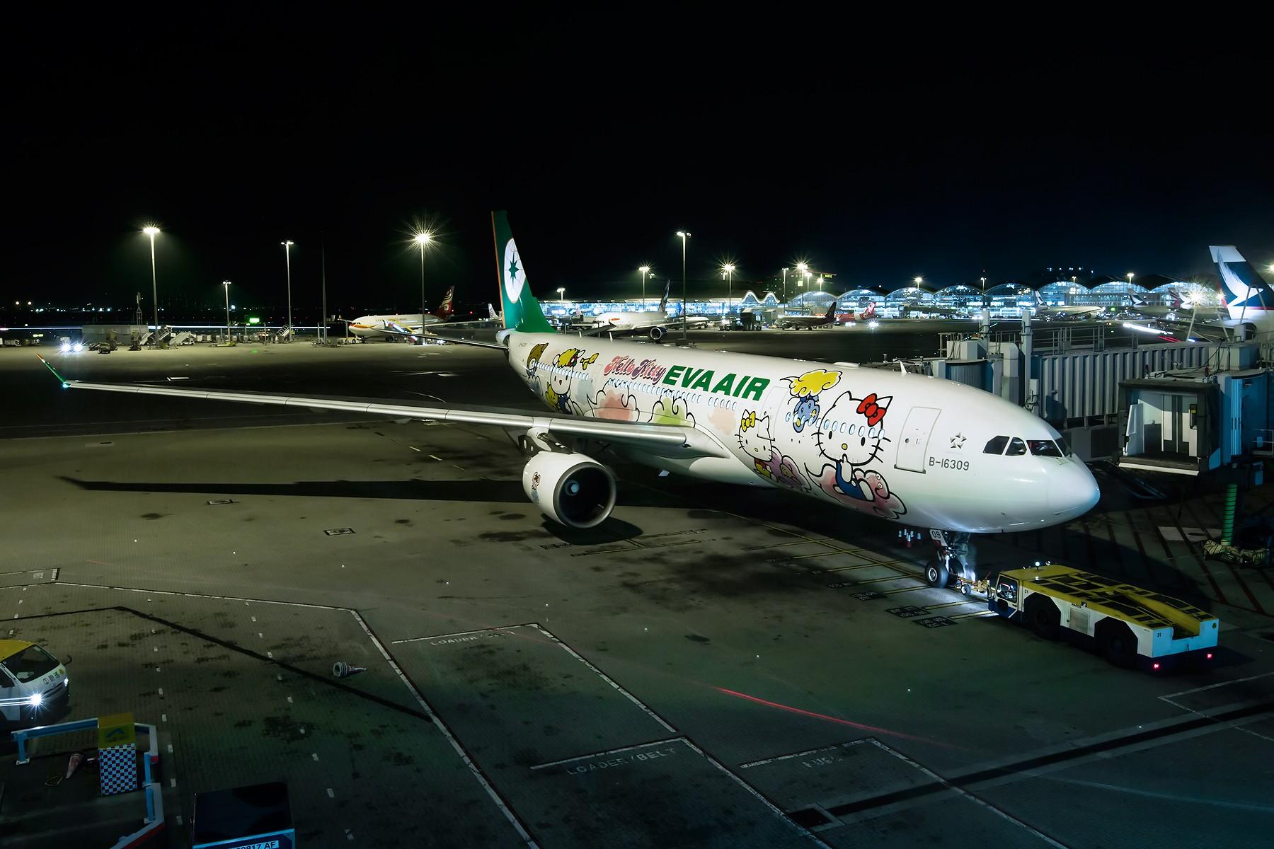 Re:夜太美 AIRBUS A330-200 B-16309 中国香港赤鱲角国际机场
