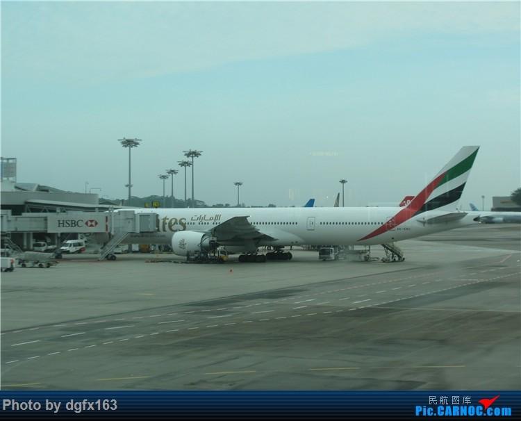 Re:[原创]【dgfx163的游记(4)】 中国国际航空 A330-300 新加坡SIN-北京PEK 回国,坐特价的国际航空! BOEING 777-300ER A6-ENU 新加坡樟宜机场