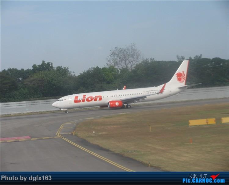 Re:[原创]【dgfx163的游记(4)】 中国国际航空 A330-300 新加坡SIN-北京PEK 回国,坐特价的国际航空! BOEING 737-900ER PK-LPH 新加坡樟宜机场