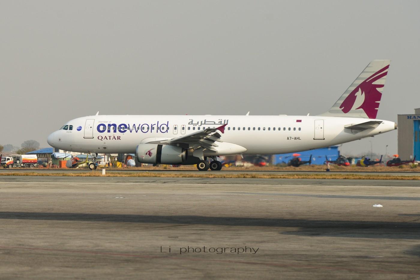 Re:[原创]尼泊尔拍机第一发——加德满都布里特万机场,各种奇货乱入~ AIRBUS A320-200 A7-AHL 尼泊尔加德满都机场