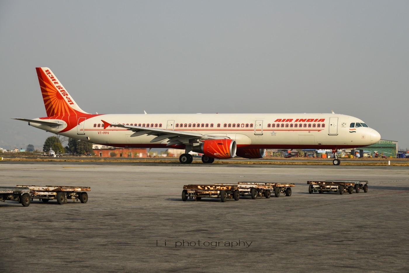 Re:[原创]尼泊尔拍机第一发——加德满都布里特万机场,各种奇货乱入~ AIRBUS A321-200 VT-PPV 尼泊尔加德满都机场