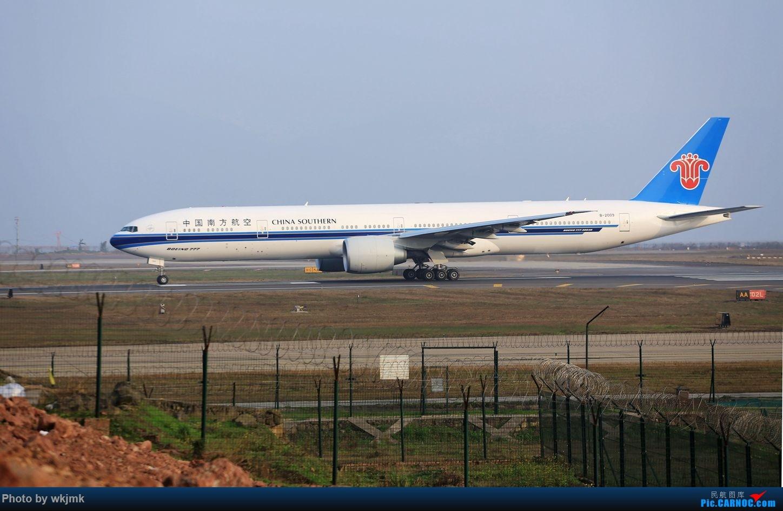 Re:[原创]CKG15年春运系列 BOEING 777-300ER B-2009 中国重庆江北国际机场