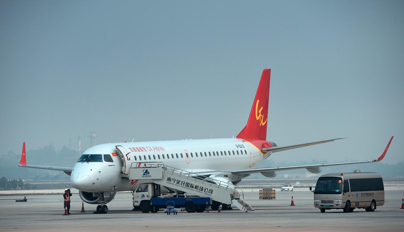 [原创]2.17WUXU北部湾航空起飞 E190  南宁吴圩机场