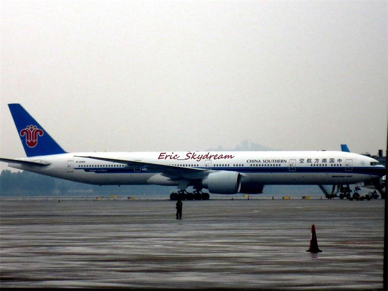 Re:[原创]<Eric's Journal> 01 飞雪 伙伴 御风长安之旅 BOEING 777-300ER B-2099