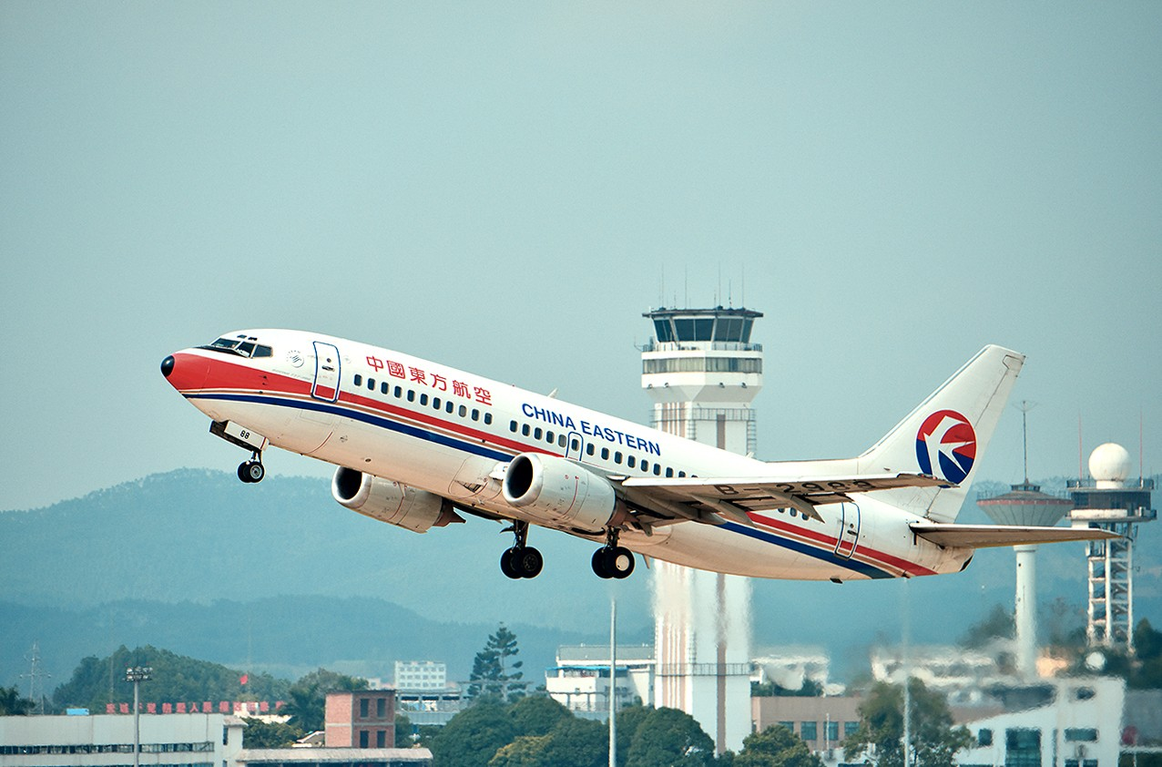 [原创]【南宁飞友会】年初五的拍机活动 BOEING 737-300 B-2988 中国南宁吴圩国际机场