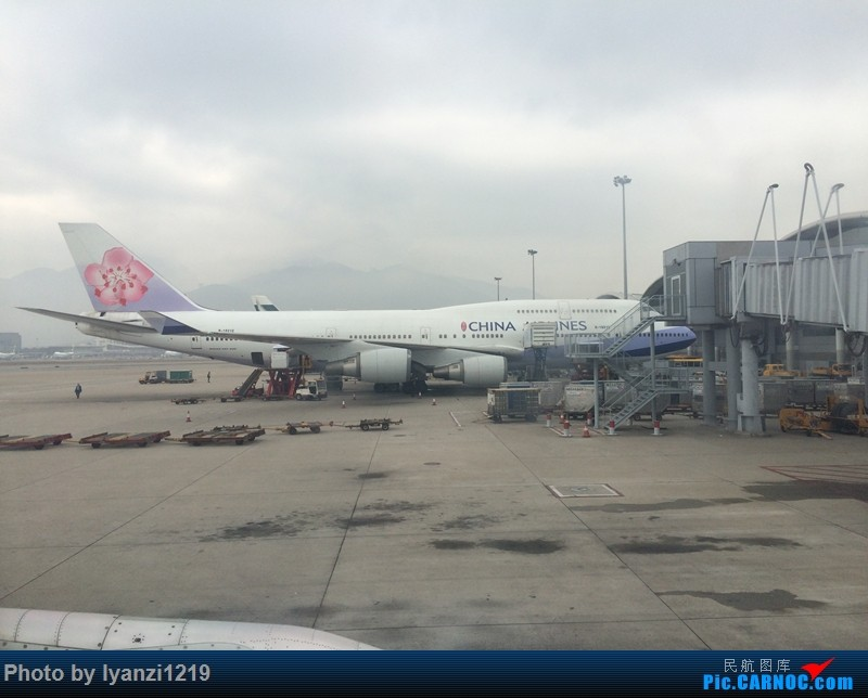 Re:[原创]春节假期 CTU-HKG-ICN BOEING 747-400 B-18212 中国香港赤鱲角国际机场