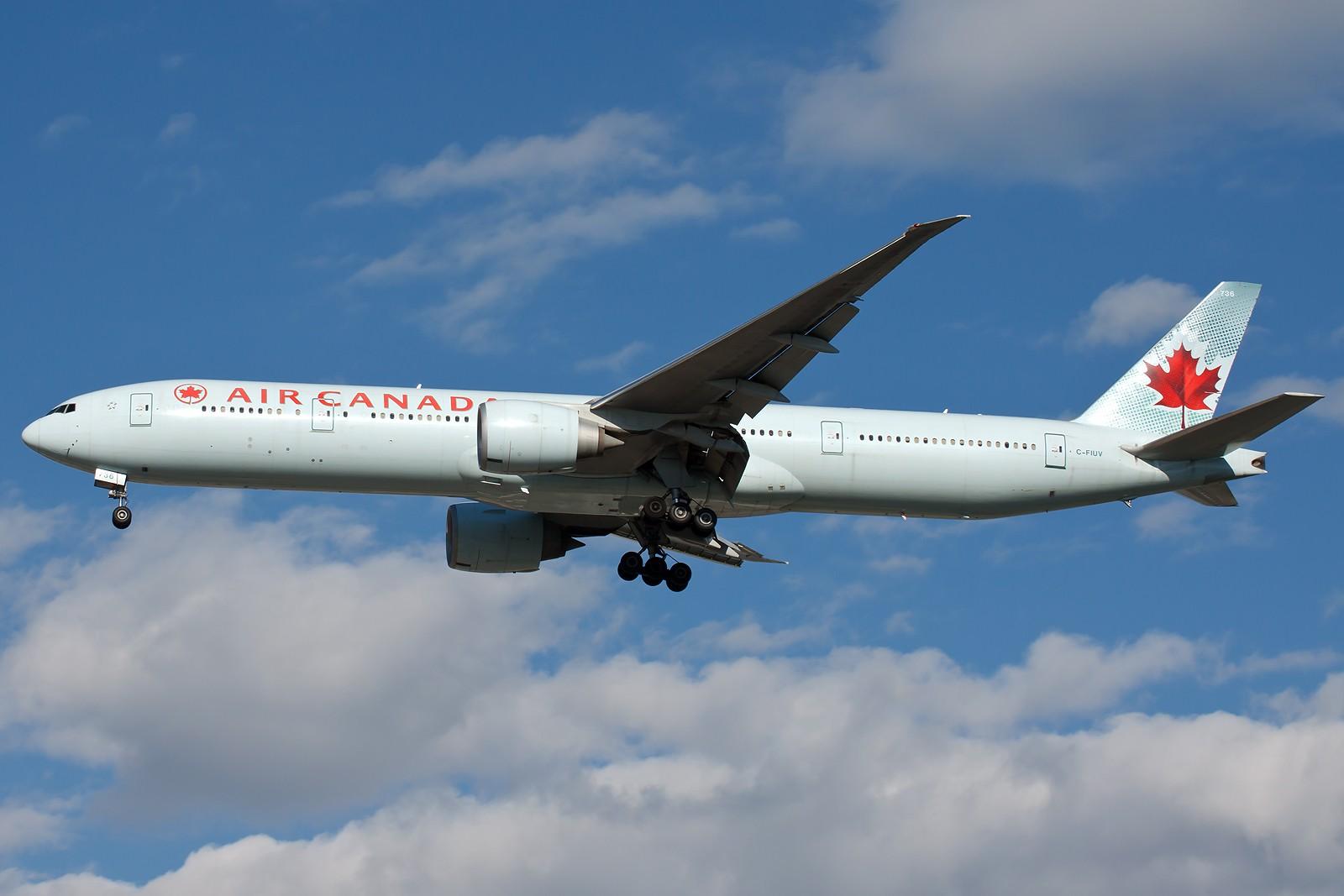 Re:[原创]求好天儿... [10pics] BOEING 777-300ER C-FIUV 中国北京首都国际机场
