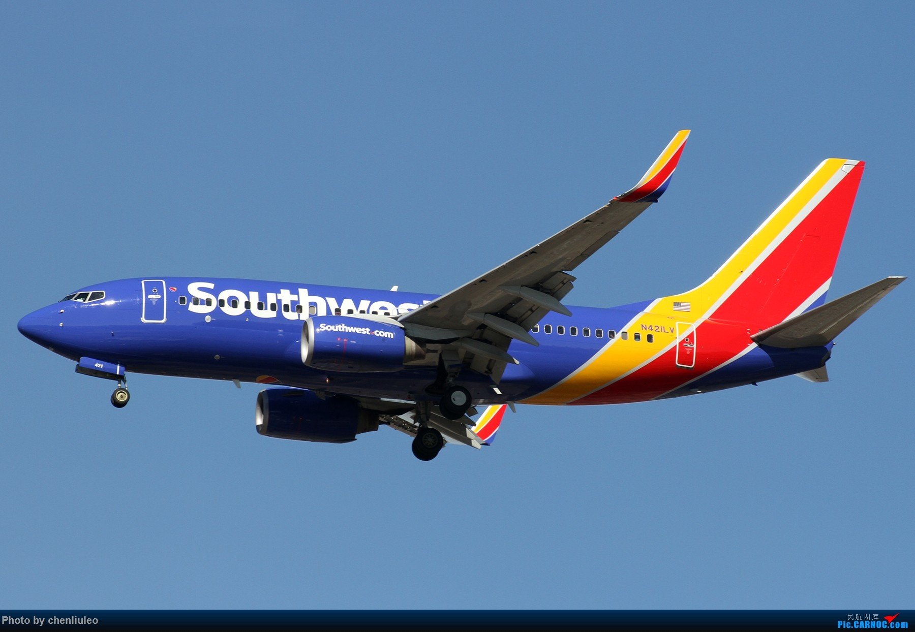Re:[原创]【杭州飞友会】KSTL拍机。AA WN DL F9 BBJ 1800大图 BOEING 737-7H4 N421LV 美国圣路易斯机场