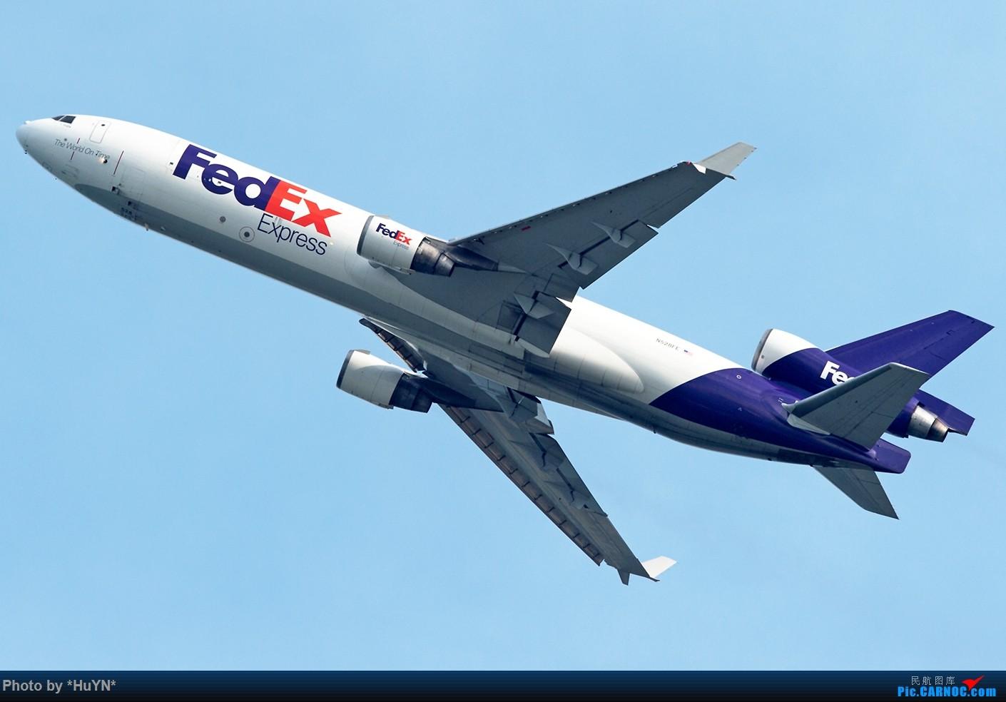 Re:[原创]存货一组(不看后悔) MD MD-11 N528FE 中国香港赤鱲角国际机场