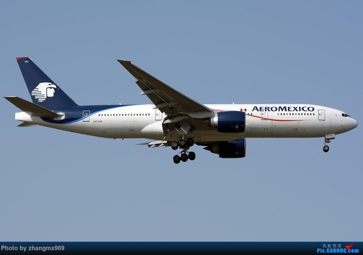 Re:[原创]虽然算不上通透,但至少天是蓝的~~ BOEING 777-200 N774AM 中国上海浦东国际机场