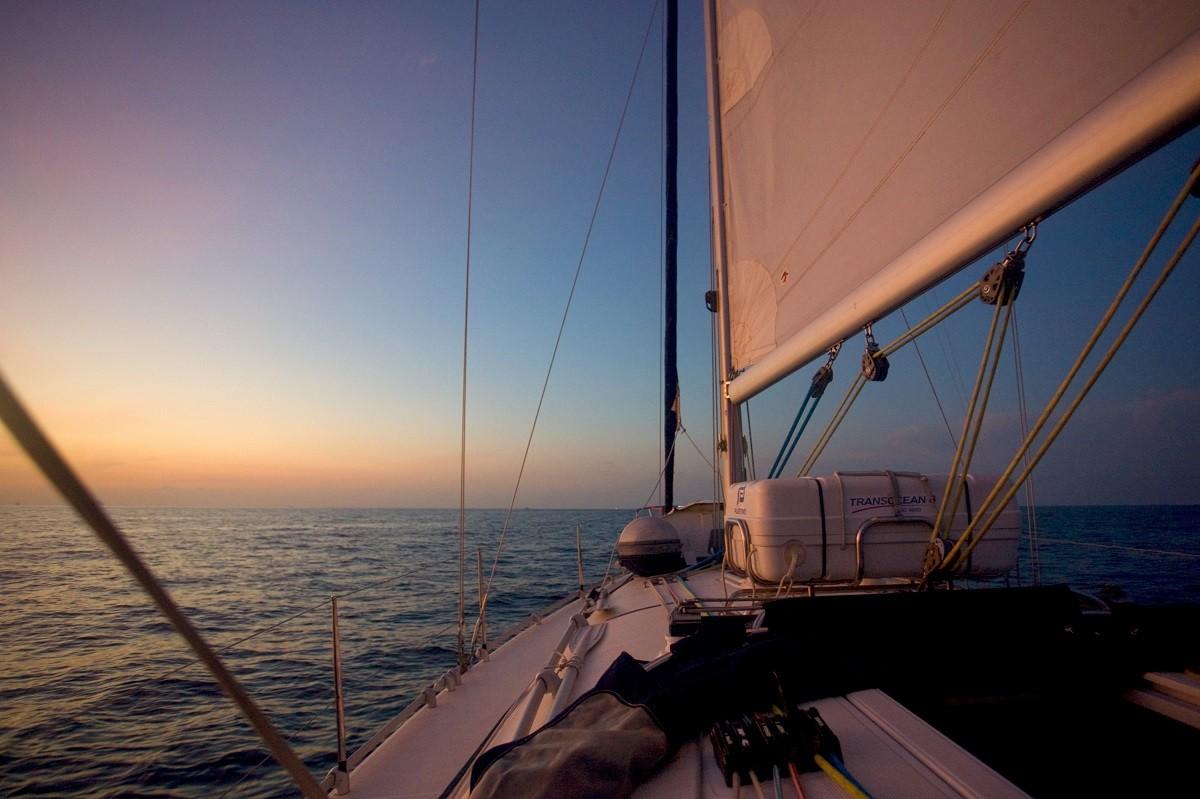 >>[原创]【追逐星辰大海】驾驶帆船从泰国到马来西亚/普吉岛拍机/漫步
