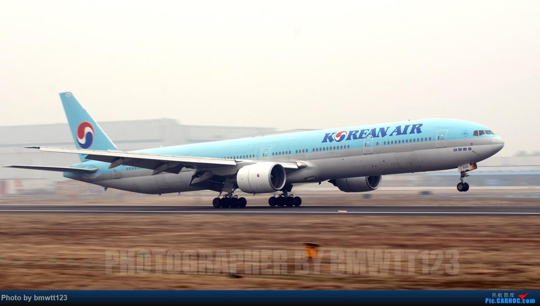 [原创]【SHE沈阳】换季后做小树林日常任务与CHINA战鹰组队,打遍SHE所有宽体 777-300 HL7533 中国沈阳桃仙国际机场