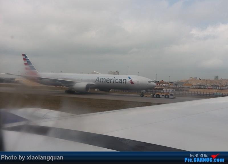 Re:[原创]19日从南往北走的欧洲蜜月游(上集)HKG-SVO by俄航777w,SVO-FCOby俄航320(更新中,图多请小心)小飞机送一返一 BOEING 777-300ER N718A 中国香港赤鱲角国际机场