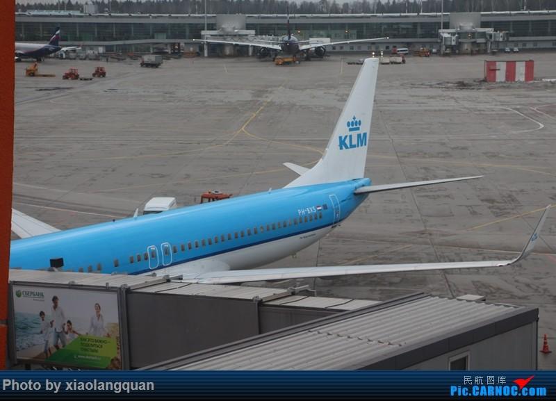 Re:[原创]19日从南往北走的欧洲蜜月游(上集)HKG-SVO by俄航777w,SVO-FCOby俄航320(更新中,图多请小心)小飞机送一返一 BOEING 737-800 PH-BXS 俄罗斯谢诺梅杰沃机场
