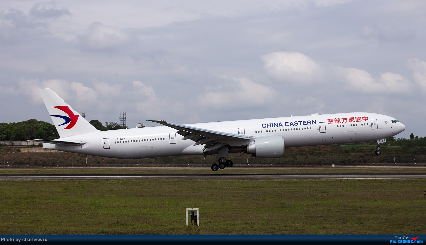 Re:[原创]4.5清明小假的CTU BOEING 777-300ER B-2020 中国成都双流国际机场