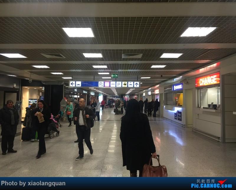 Re:[原创]19日从南往北走的欧洲蜜月游(上集)HKG-SVO by俄航777w,SVO-FCOby俄航320(更新中,图多请小心)小飞机送一返一    意大利菲乌米奇诺机场