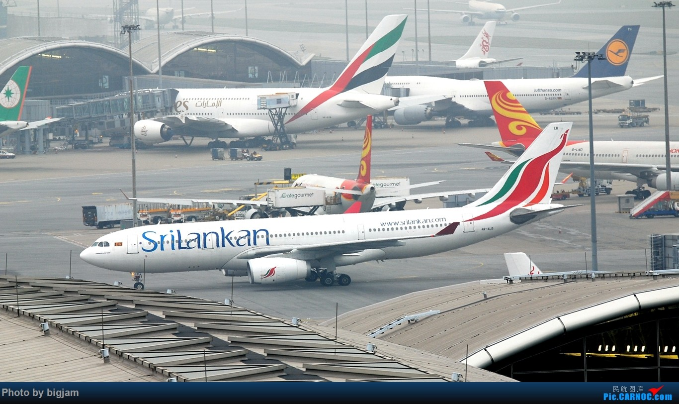 Re:[原创]香港三日闲游,外加沙螺湾和香港机场T2观景台拍机游记,众多PEK看不到的货。(持续更新中) AIRBUS A330-243 4R-ALB 中国香港赤鱲角国际机场