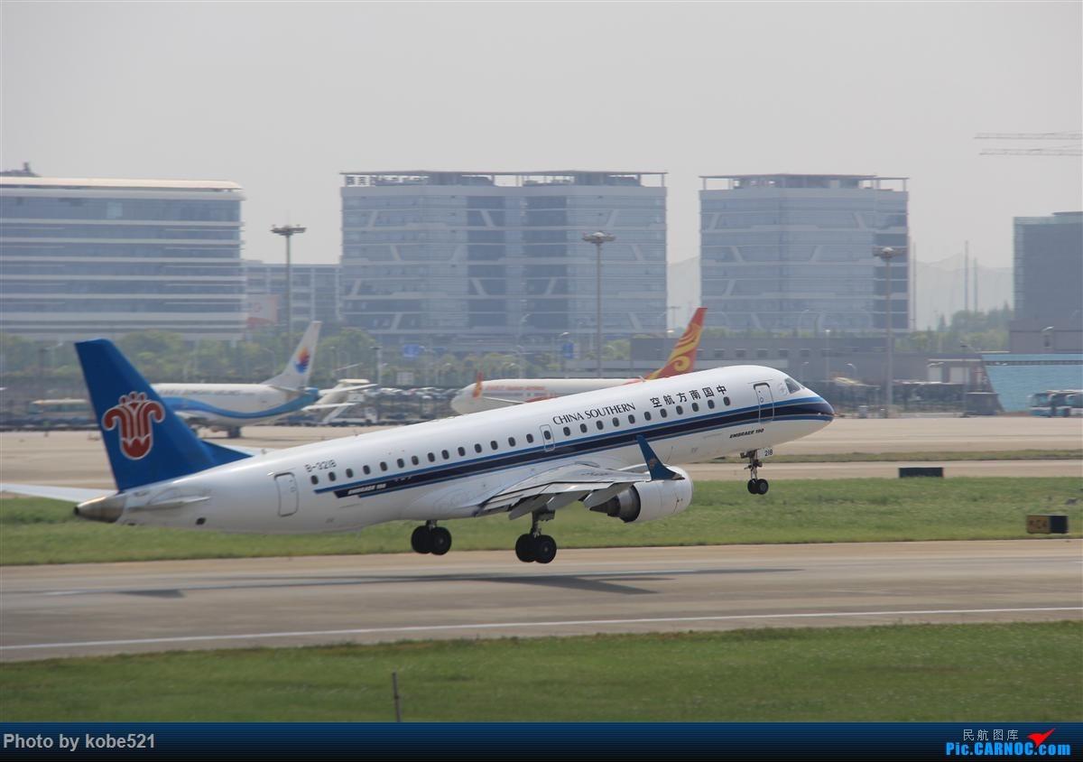 Re:[原创]冒个泡~~ EMBRAER E-190 B-3218 中国杭州萧山国际机场