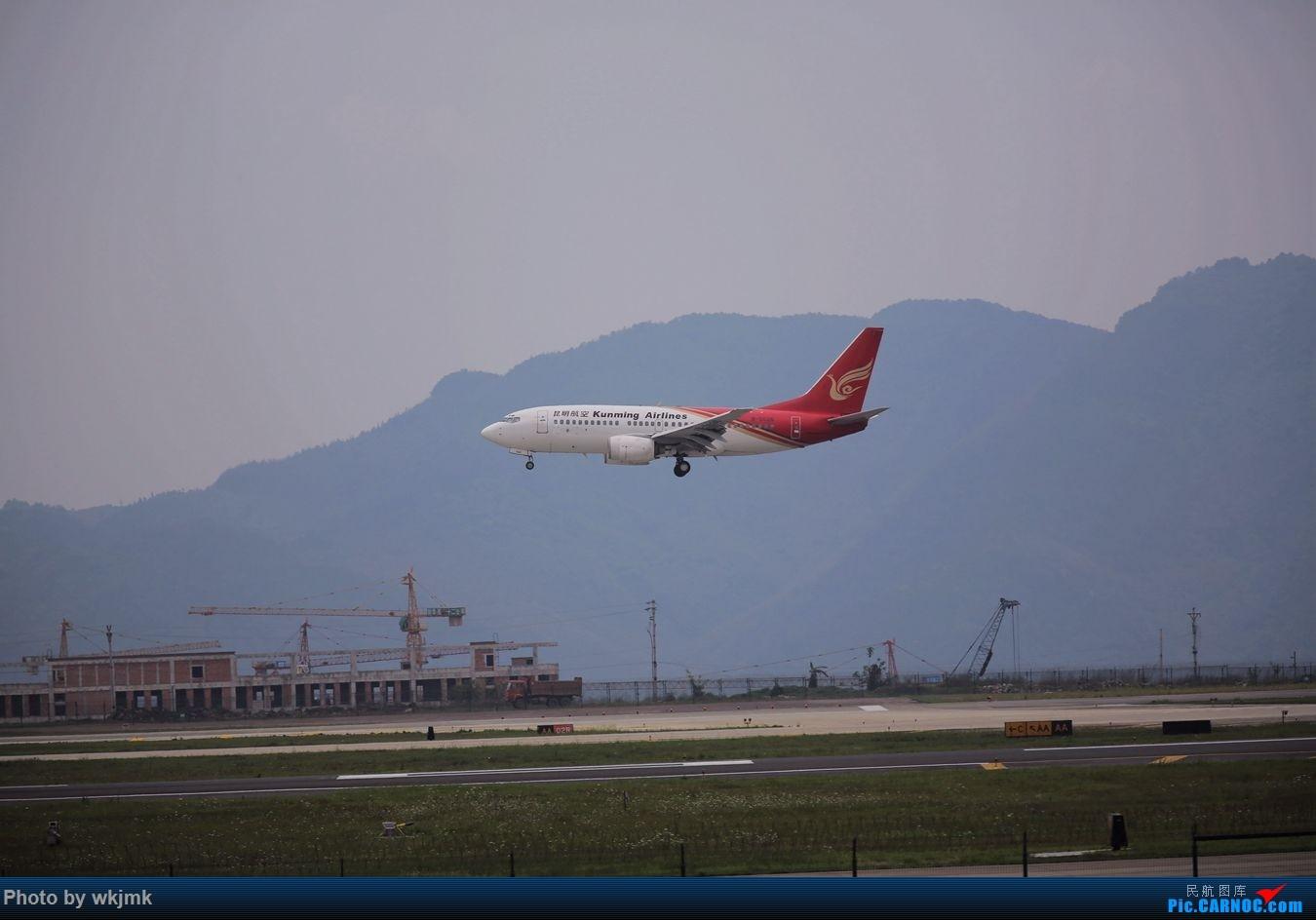 Re:[原创]CKG拍机 BOEING 737-700 B-5026 中国重庆江北国际机场
