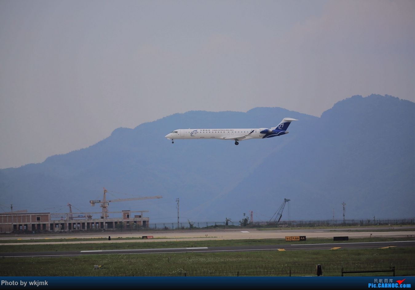 Re:[原创]CKG拍机 BOMBARDIER CRJ900NG B-3371 中国重庆江北国际机场