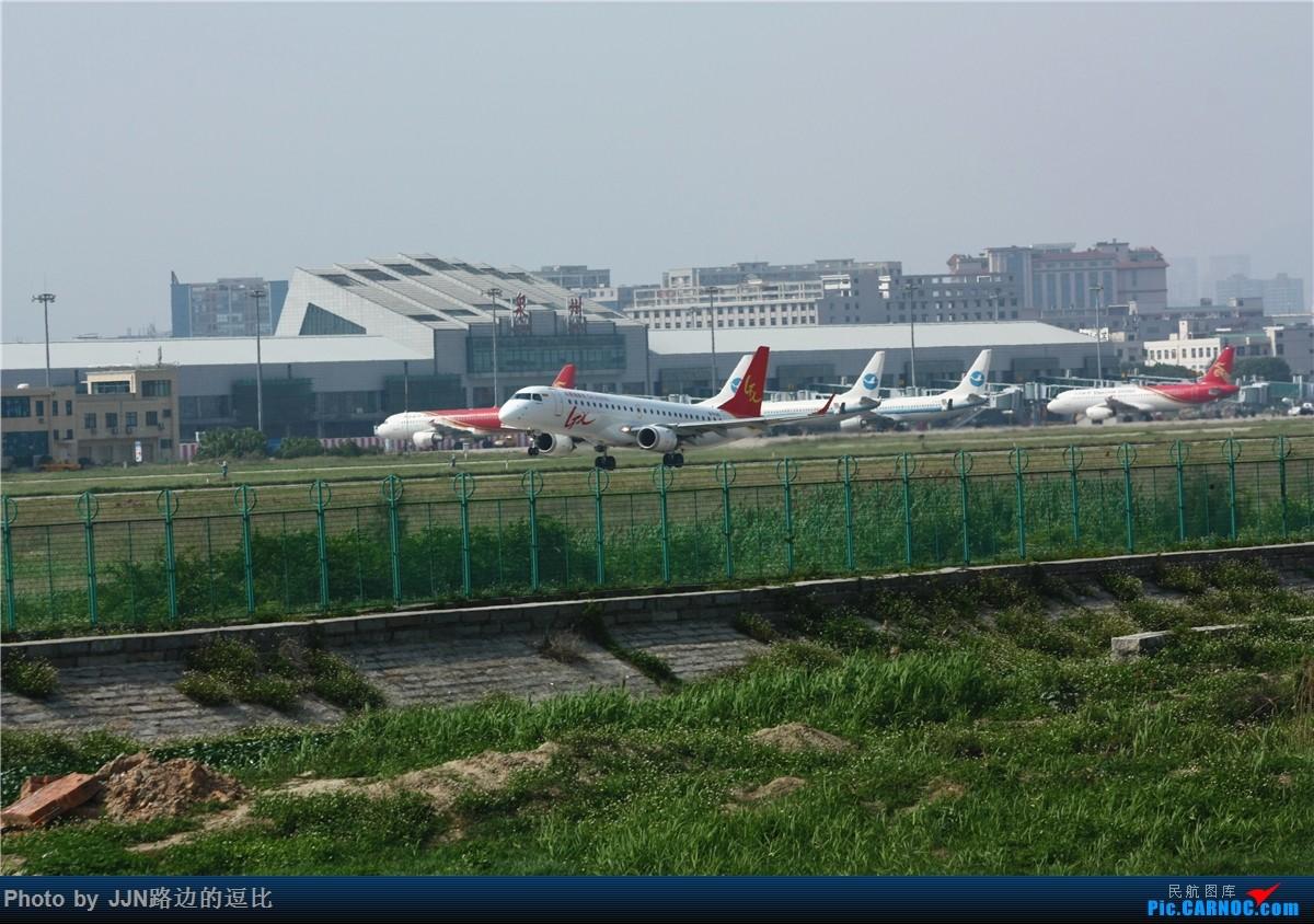 Re:[原创]【泉州飞友会】今日JJN,地热严重!(无好货,就是宣传宣传泉州) EMBRAER E-190 B-3125 中国泉州晋江国际机场