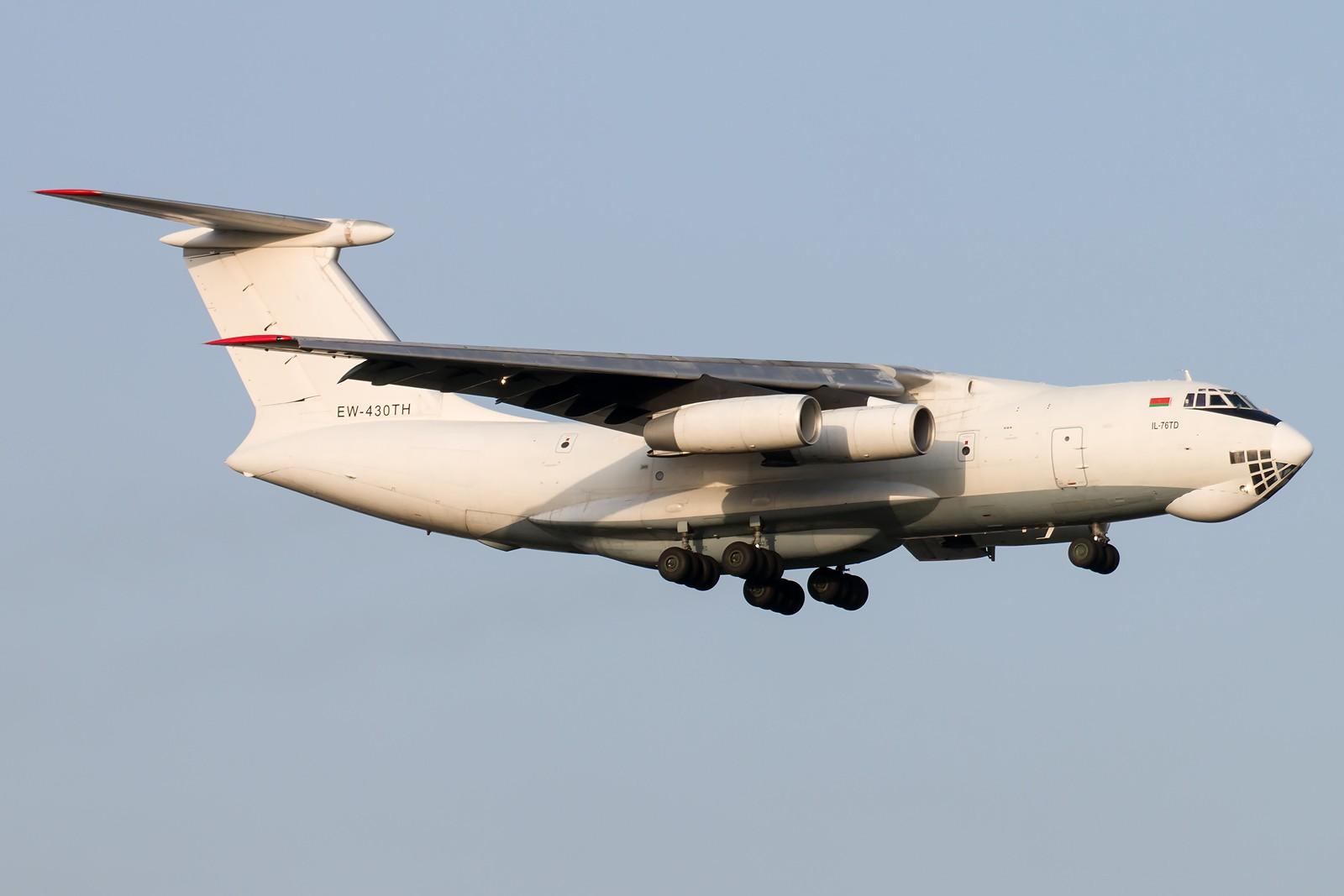[原创]晨练的季节到了 1600*1067 [8pics] ILYUSHIN IL-76TD EW-430TH 中国北京首都国际机场