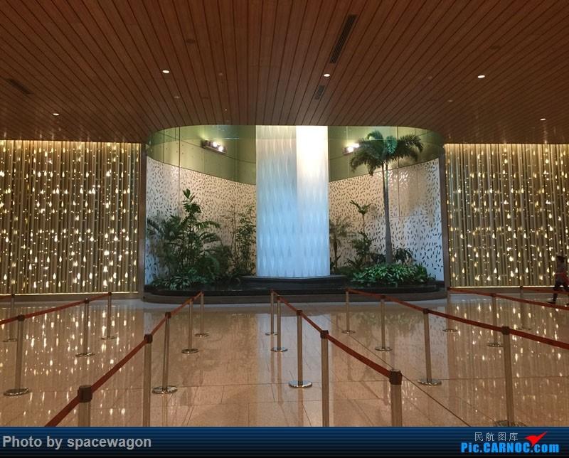 Re:[原创]十天南印度果阿孟买婚礼之旅九种交通工具全纪录    印度孟买机场