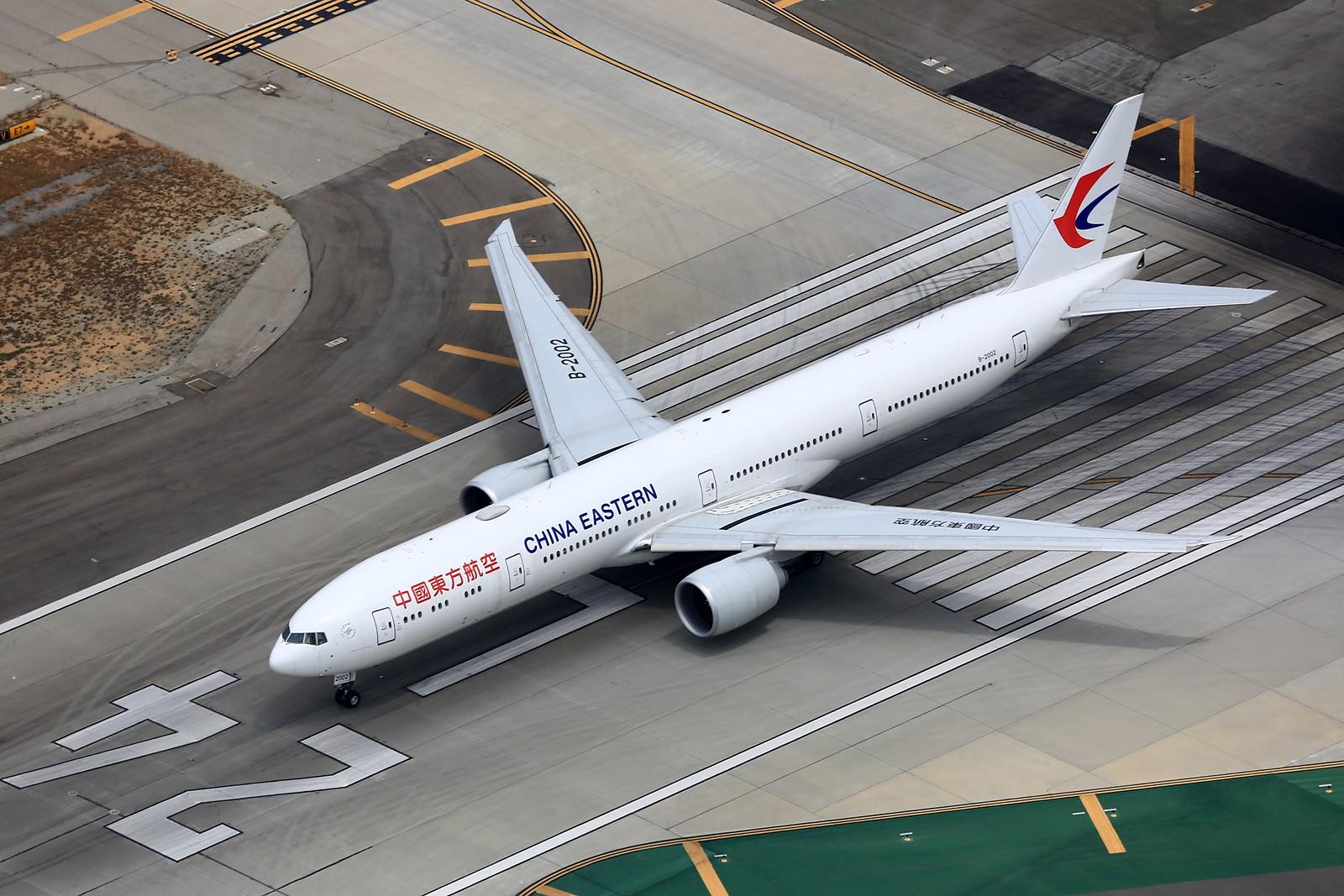 Re:[原创]【LAX】**********777级了,空对空&空对地部分777合集[1600*1067]********** BOEING 777-300ER B-2002 美国洛杉矶机场