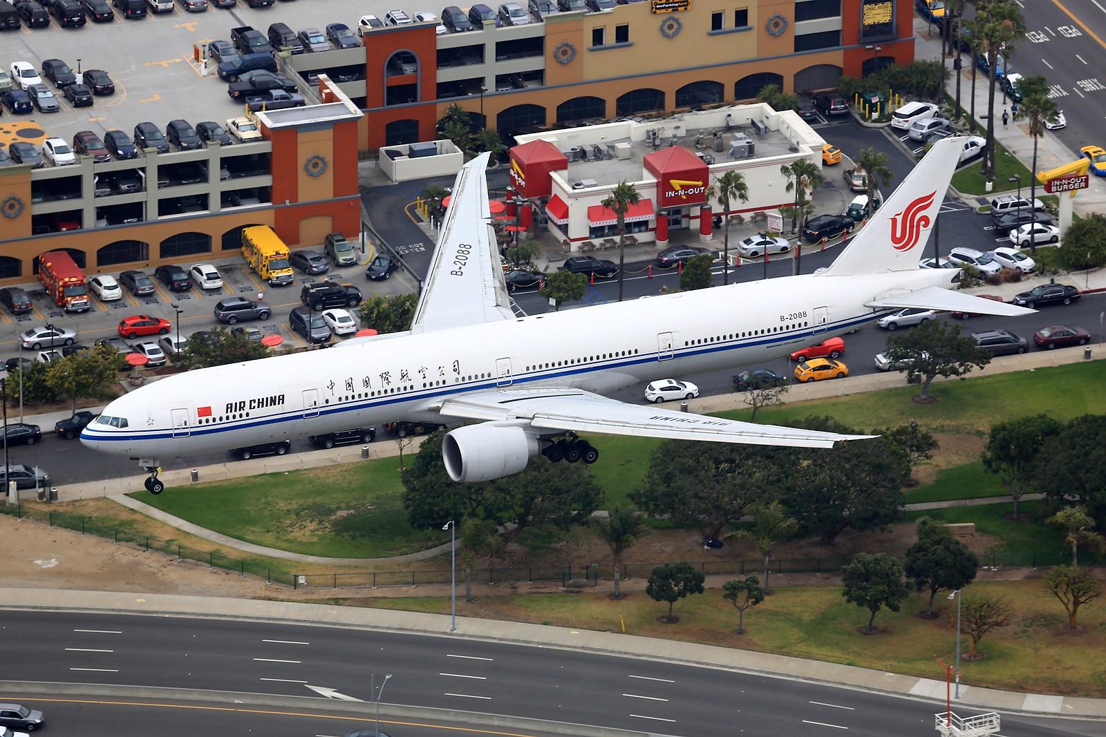 Re:[原创]【LAX】**********777级了,空对空&空对地部分777合集[1600*1067]********** BOEING 777-300ER B-2088 美国洛杉矶机场