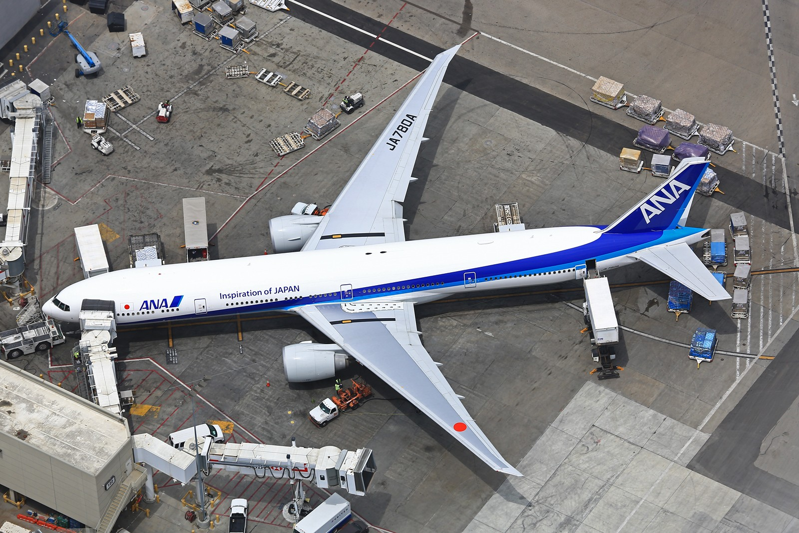 Re:[原创]【LAX】**********777级了,空对空&空对地部分777合集[1600*1067]********** BOEING 777-300ER JA780A 美国洛杉矶机场