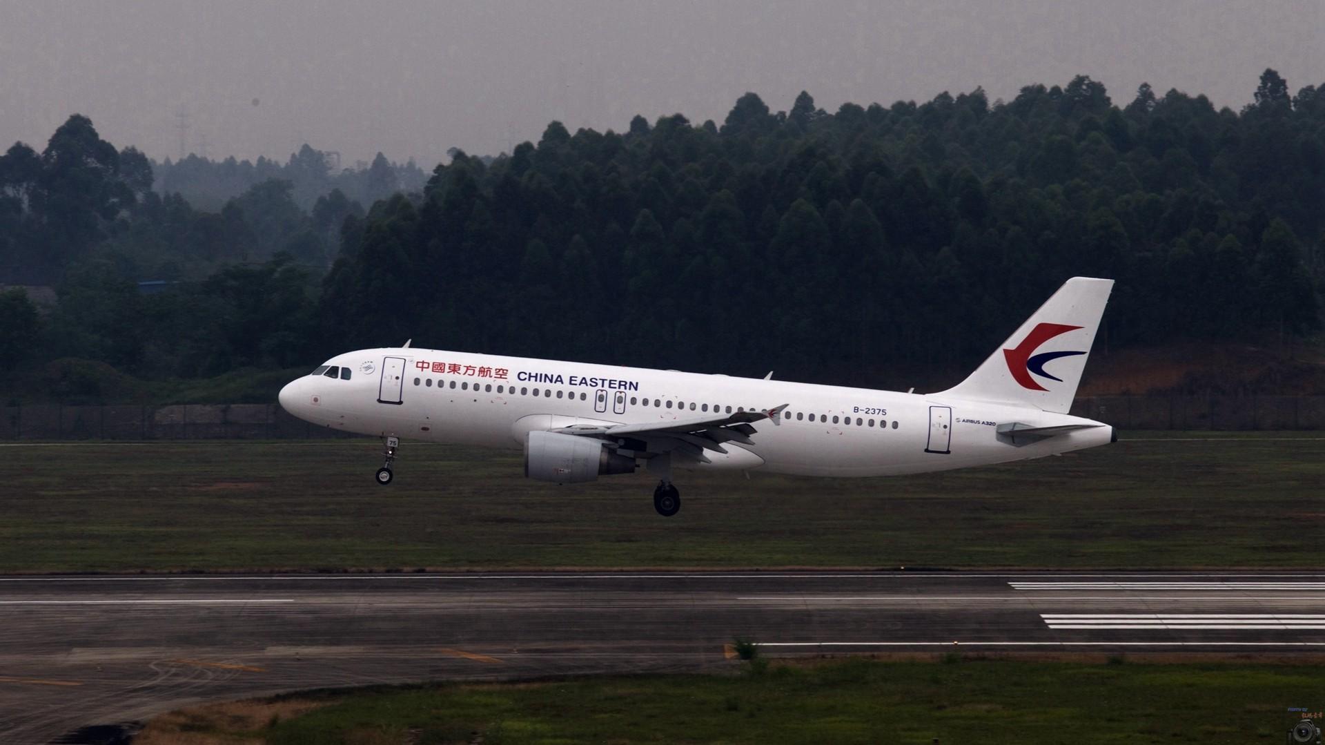Re:[原创]重出江湖【CTU】2015.5.17打飞机 AIRBUS A320-200 B-2375 中国成都双流国际机场