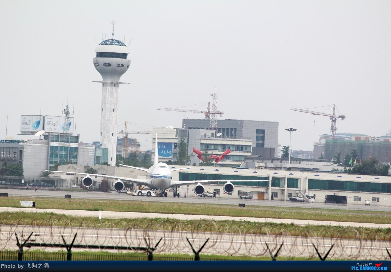 Re:[原创]CKG拍机(周末交作业反推位杂图) BOEING 747-8I  重庆江北国际机场