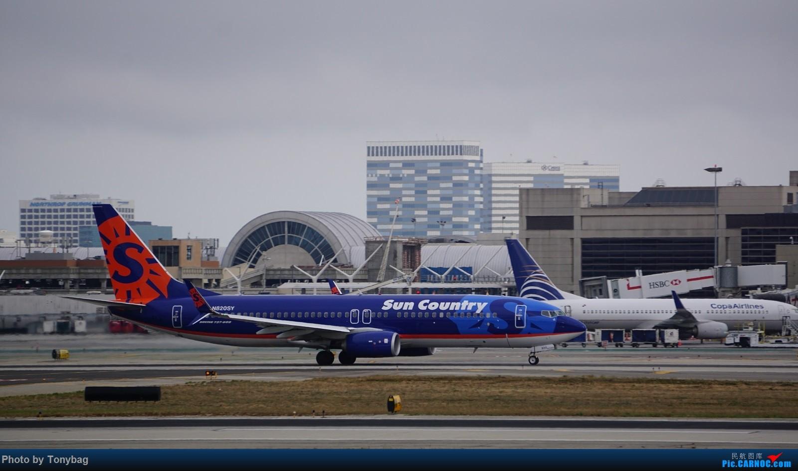 [原创]家住LAX附近就是方便,天天拍飞机 BOEING 737-800 N820SY