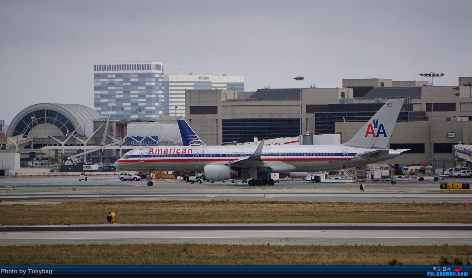 Re:[原创]家住LAX附近就是方便,天天拍飞机 BOEING 757-200 N194AA