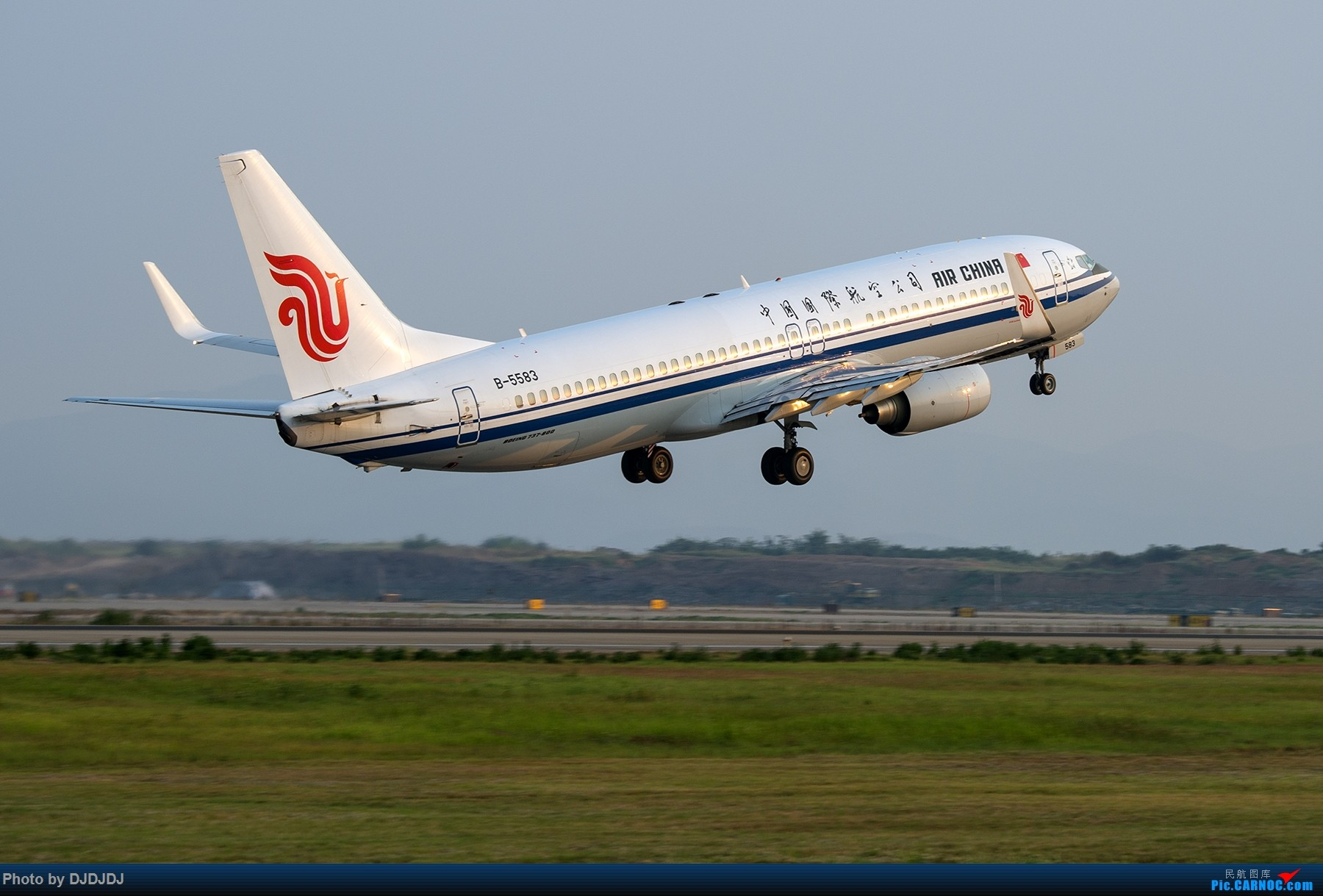 [原创]【BLDDQ】5583 BOEING 737-800 B-5583 中国南京禄口国际机场