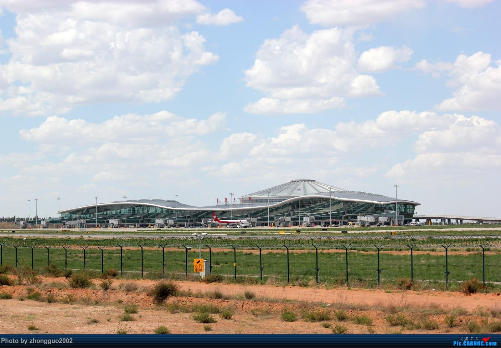 Re:[原创]赶上鄂尔多斯通航Y-5本场练习,顺便拍点其他飞机    中国鄂尔多斯伊金霍洛机场