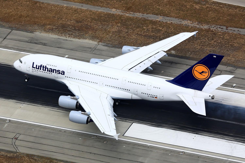 Re:[原创]【LAX】**********A380合集,列强巨无霸的聚会[1500*1000]********** AIRBUS A380-800 D-AIMM 美国洛杉矶机场