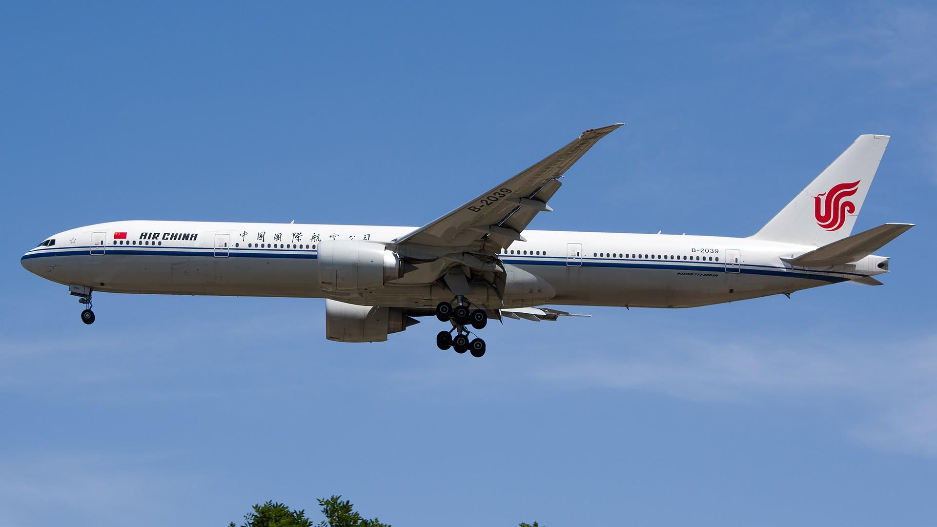 Re:[原创]PEK01午后两小时抓拍,其实是为AA的One World来的 BOEING 777-300ER B-2039 中国北京首都国际机场
