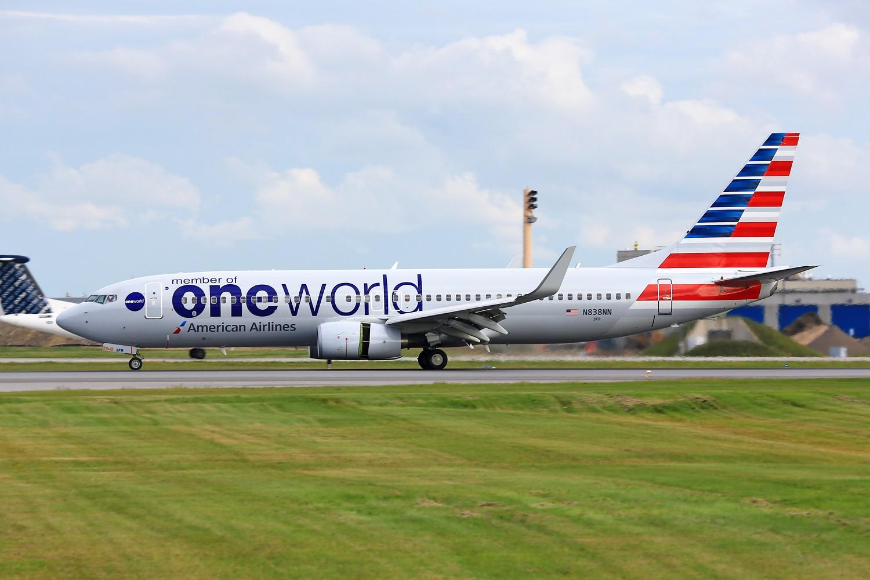 Re:[一图党]美国航空 N791AN B777-200ER oneworld涂装 BOEING 737-800 N838AA 加拿大蒙特利尔特鲁多机场