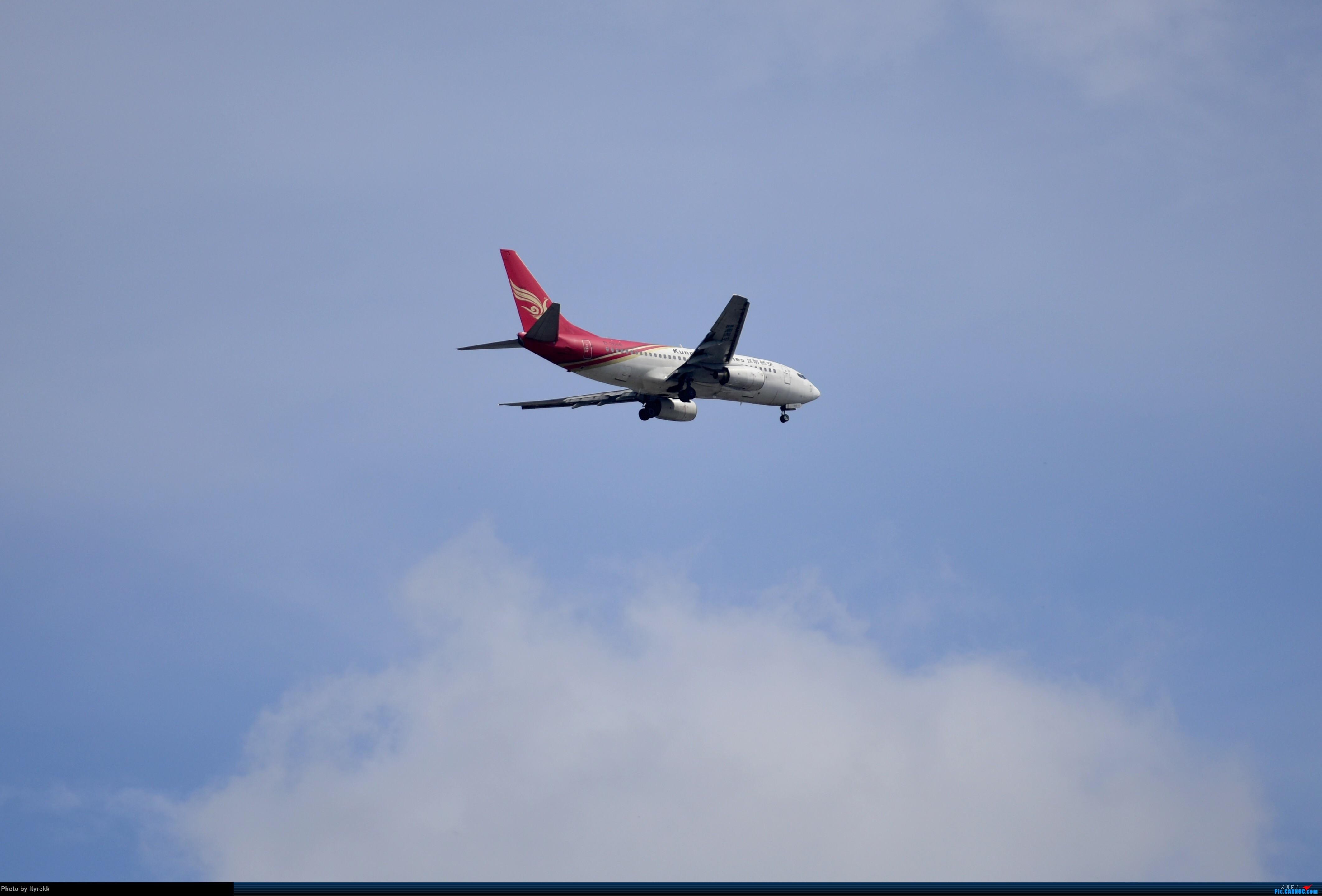 Re:[原创]6月的天气总是变化多端 BOEING 737-700 B-2666 中国芒市机场