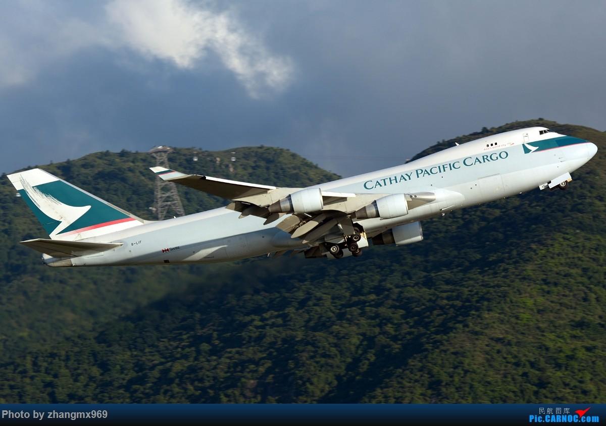 Re:[原创]香港拍机两天,烈日下膜拜维修区~~~多图~~~ BOEING 747-400 B-LIF 中国香港赤鱲角国际机场