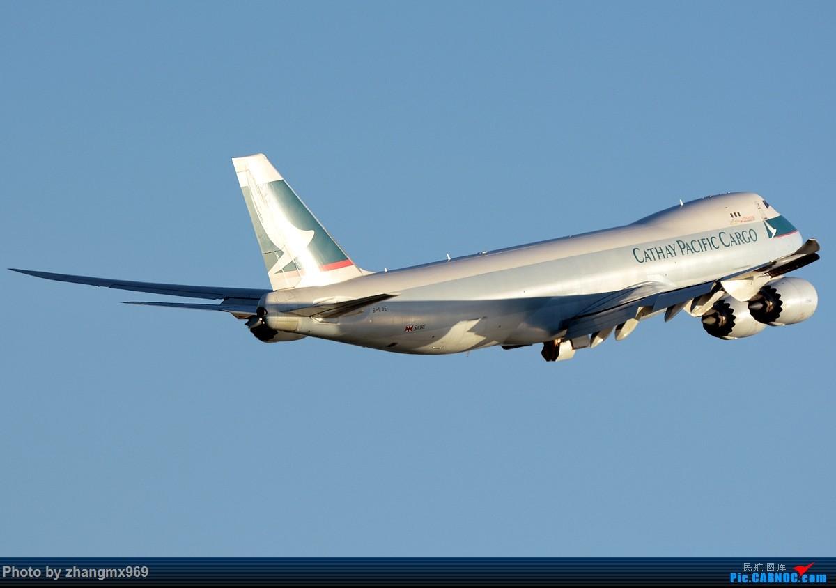 Re:[原创]香港拍机两天,烈日下膜拜维修区~~~多图~~~ BOEING 747-8I B-LJE 中国香港赤鱲角国际机场